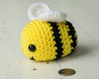 Crochet bee as a special thank you! Makes a great present as a symbol of supporting sustainability and a cute crochet bee!!